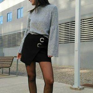 Zara soft gray bell sleeve sweater